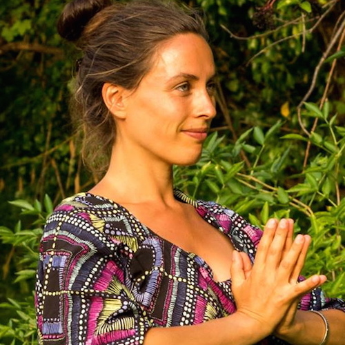New hearth Yoga avec Amenarah Mukhande