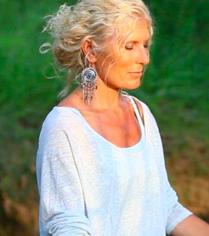 Voyages autour des chakras et des éléments avec Charlotte Saint-Jean